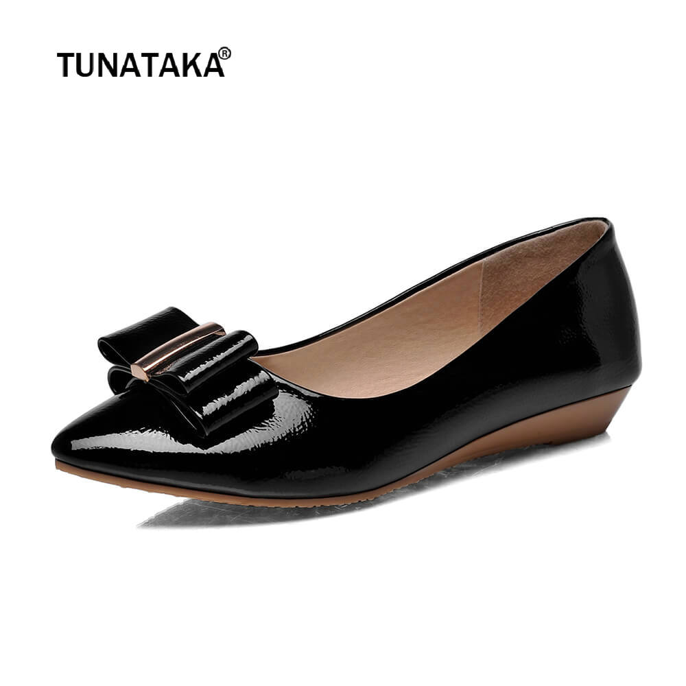 Cute Small Bow Tie Flats Pointed Toe Slip On Casual Shoes Women Spring Summer Fall Plus Size 43 Black White Pink 2017 new fashion spring summer boat shoes women candy color flats pointed toe slip on flat fashion casual plus size pu shoes