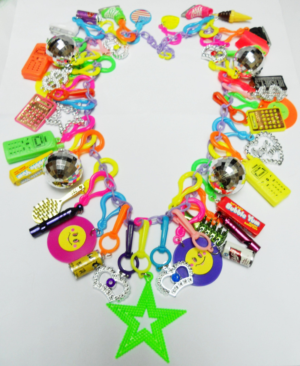 Party Pinata Us 26 99 Vintage Plastic Charms 80cm Necklace 41 Charm Party Pinata Chips Retro Fashion Jewellery Birthday Party Favor Gift Novelty In Party Favors