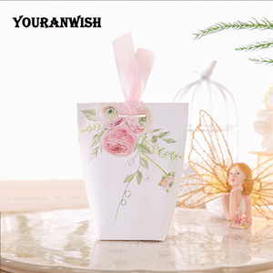 Image 2 - YOURANWISH DIY Customized Wedding Favors Upscale Gift Boxes Paper Baby Shower Favor Boxes pink flowers Candy Box 50pcs/lot