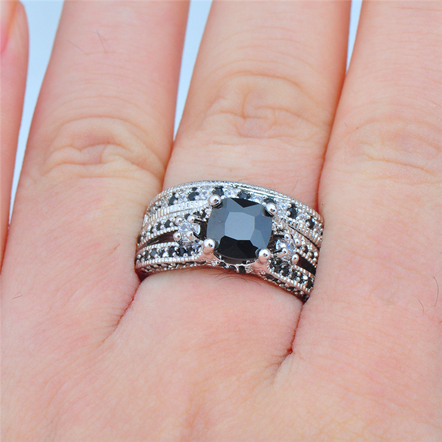 Women 10CT White Gold Black Sapphire Crystal Engagement Promise Ring
