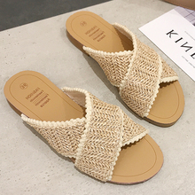 Купить с кэшбэком 2019 Weave Slippers Women Summer Shoes Woman Casual Ladies Flat Home Indoor Slippers Slides Women flip flops pantufa tong femme
