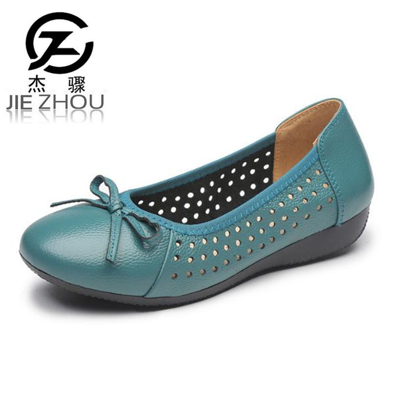 Spring summer new flat shoes Female Breathable hollow soft bottom big size shoes casual Women Shoes Nurse shoes work shoes 2017 new spring female flat heels martin shoes bullock shoes female thick bottom loafers large size women shoes obuv ayakkab