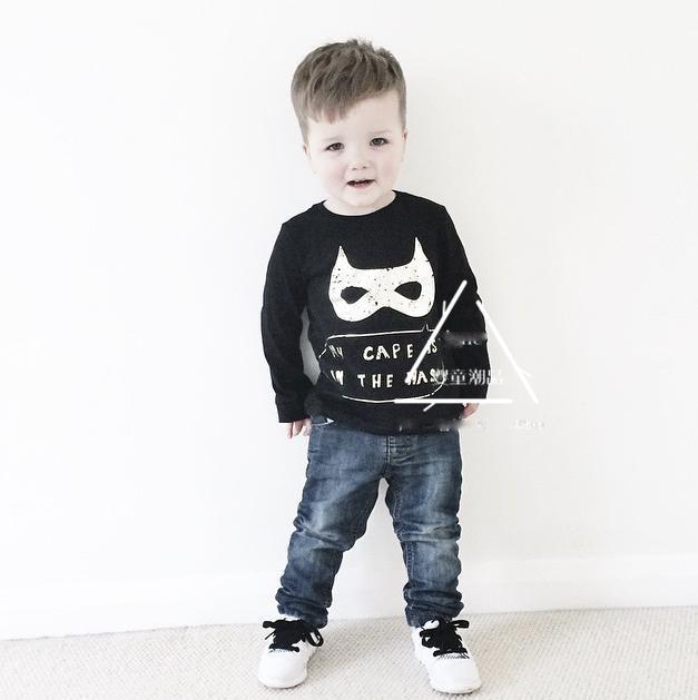 Ins * BATMAN * * recién llegado 2015 unisex bebés y niños del otoño del algodón suéter de la manga completa niños negro color hoodies envío gratuito