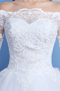 Image 5 - Korean Lace Half Sleeve Boat Neck Wedding Dresses 2020 New Fashion Elegant Princess Appliques Gown Customized Bridal Dress D09 7