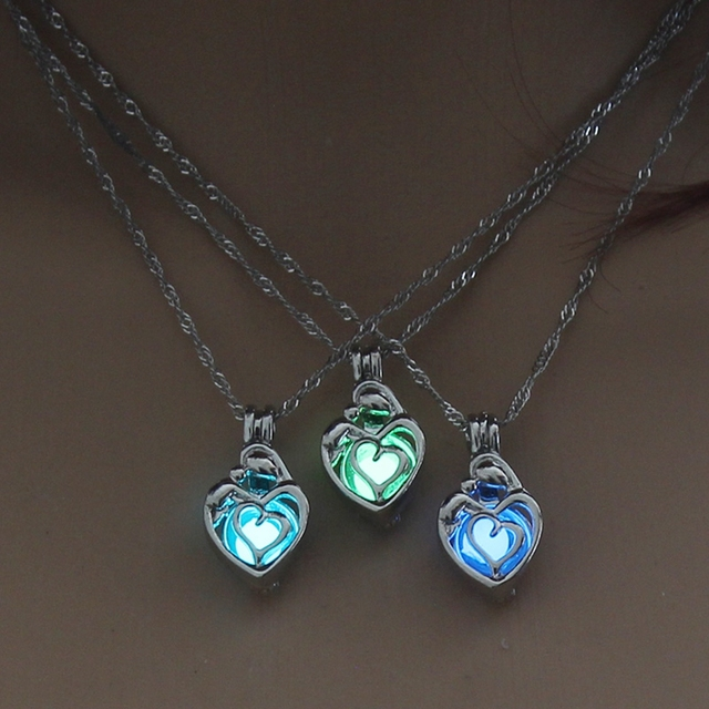 3 Colors Heart Shape Glowing in the Dark Necklace Jewelry For Women Hollow Lumin