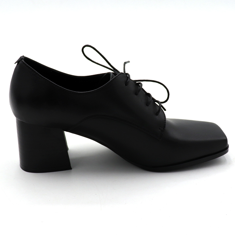 2019 femme concise pompes européen deisgner couleurs mélangées vintage denim patchwork bout carré à lacets rencontres punk chaussures décontractées L18 - 3