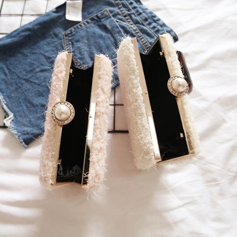 Lace Wool Decoration Clutch Bag  4