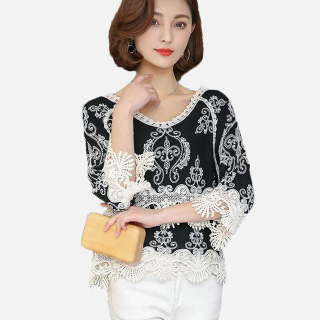 a68917434cc Vintage Embroidery Black Blouse Shirt Women Tops Lace Blouse Loose Chemise  Femme V-neck Half Sleeve Hook Flower Blusas 2018 New