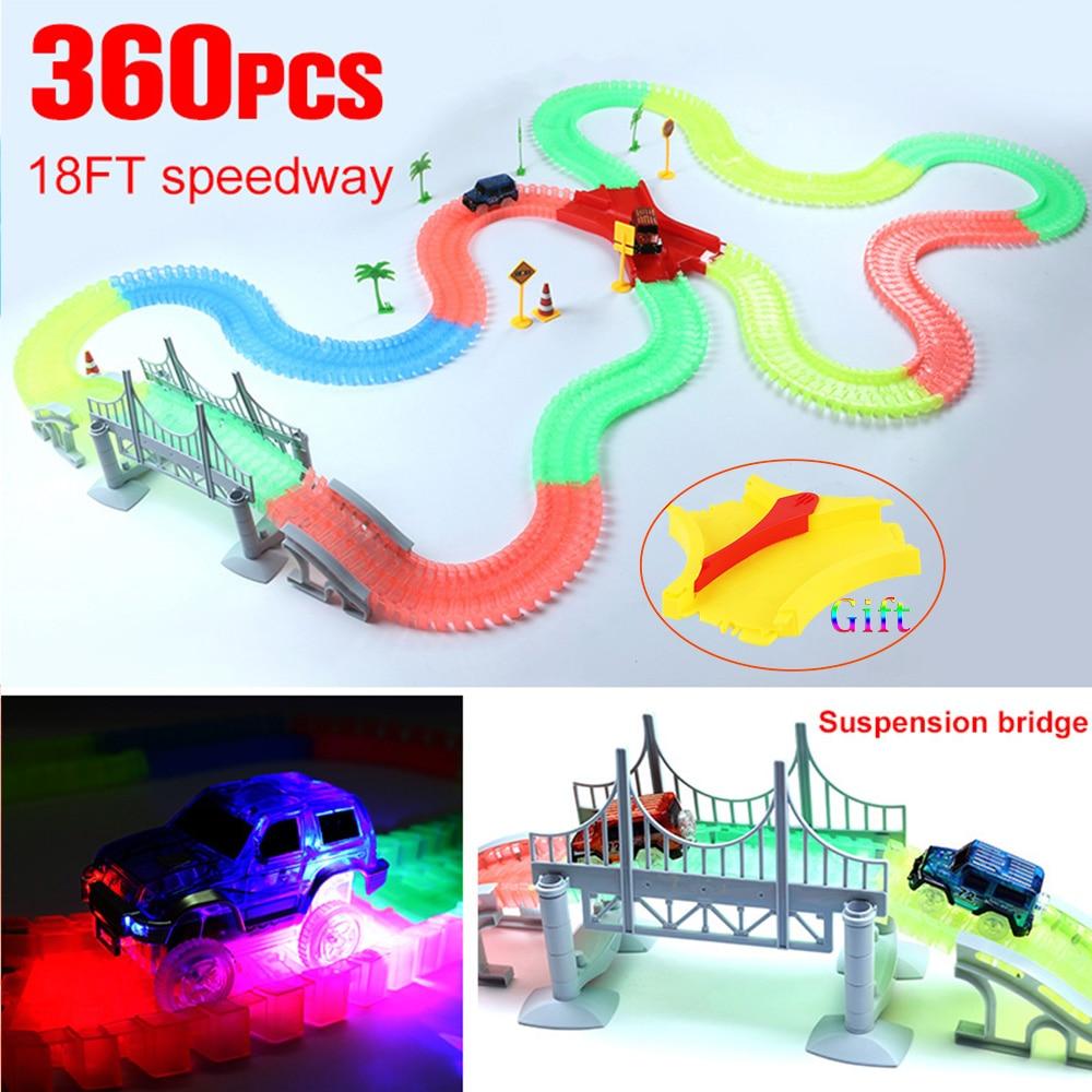 Piste magique drôle brillant course punaises Flexible dans le noir course pistes voiture jouet ensemble avec LED pour enfants anniversaire enfants cadeau