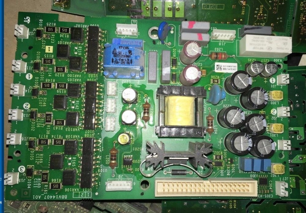 ATS22D75Q démarrage progressif 22 série 37kw carte webmaster BBV14417A01 carte pilote de déclenchement