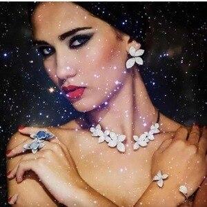 Image 5 - GODKI Celebrity ulubione luksusowe liście liści kolekcja kwiatów pełne mikrosześciany z cyrkoniami betonowa ślubne kolczyki ślubne dla kobiet