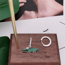 TIFF APM 925 Sterling Silver Stud Earrings, Green Small Crocodile Asymmetric Earrings, Personality Fashion ladies jewellery.(China)