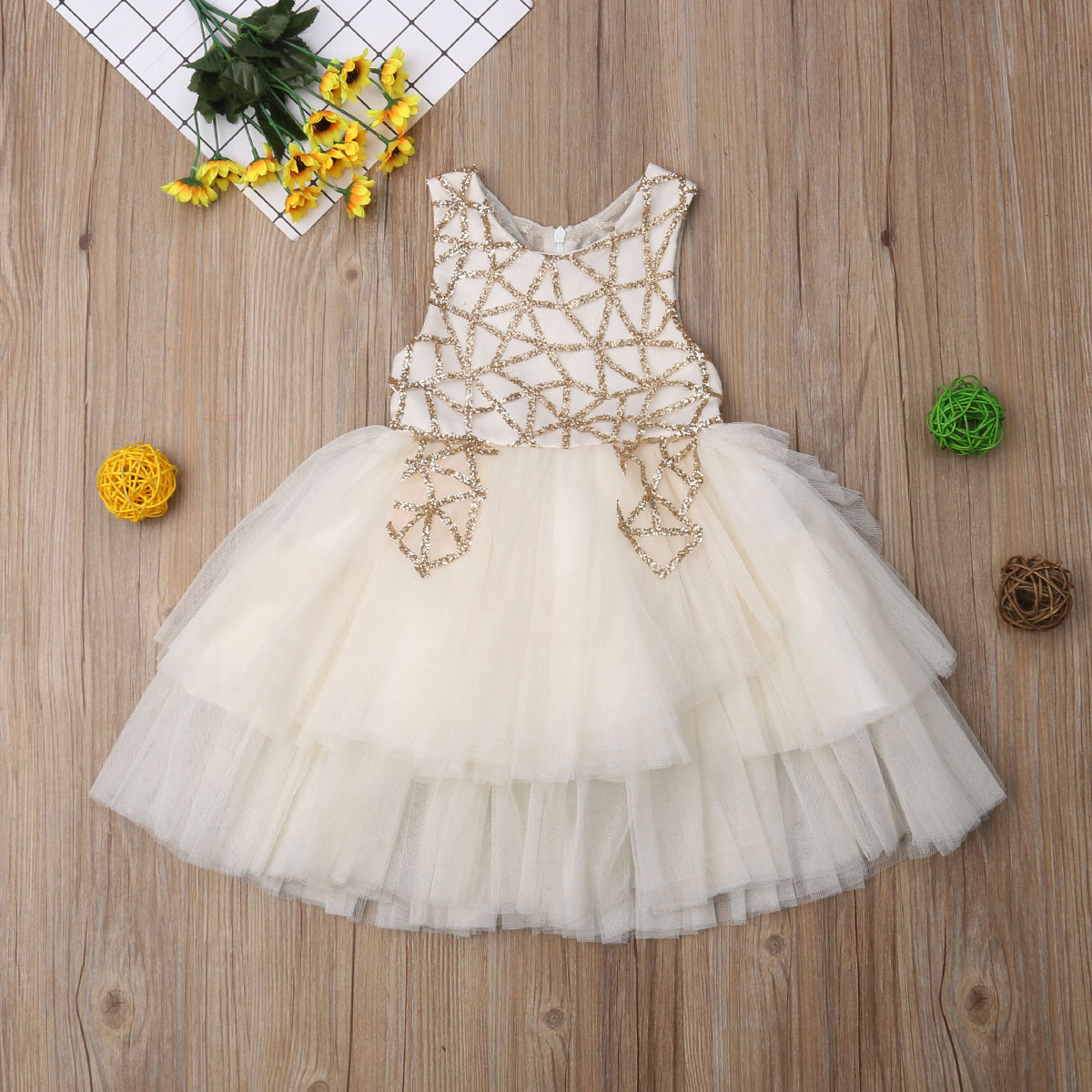 1 5Years Kid Baby Girls Dress Princess Party Wedding Birthday Tutu Dresses For Girls Sequins Tulle Dress 2019 Christmas Costumes in Dresses from Mother Kids
