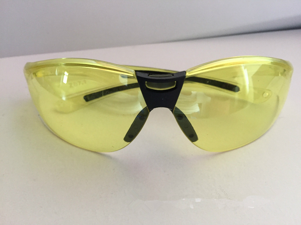 Yellow color Impact resistant PC protective glasses Labor Sand-proof Striking Resistant Dustproof Security work goggles
