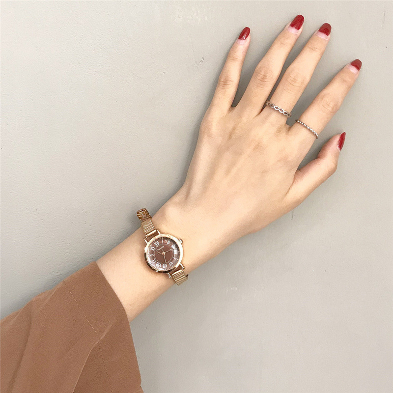 Ladies Small Watch Gold Mesh Strap Women Luxury Fashion Quartz Wristwatches Retro Design Roma Number Dial Elegant Female Watch