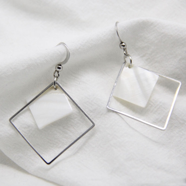 Top Fashion Hollow Square Earrings For Women 2