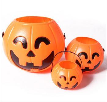 100Pcs/lot 7*6cm Cute Halloween Decoration Props Smile Face Pumpkin Candy Bags Basket LED Lantern Craft Ornament Free Shipping