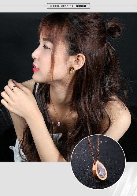 женское ожерелье из нержавеющей стали с кулоном фианита фотография