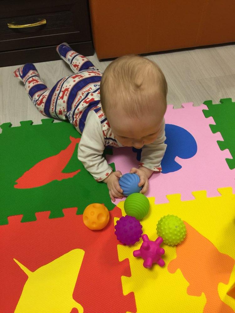 Image 4 - 4 & 6 & 1 pièces texturé Multi boule ensemble doux développer bébé sens tactiles jouet bébé toucher main entraînement Massage balle hochet activité jouetstoy poptoy police cars for saletoy ball pit -