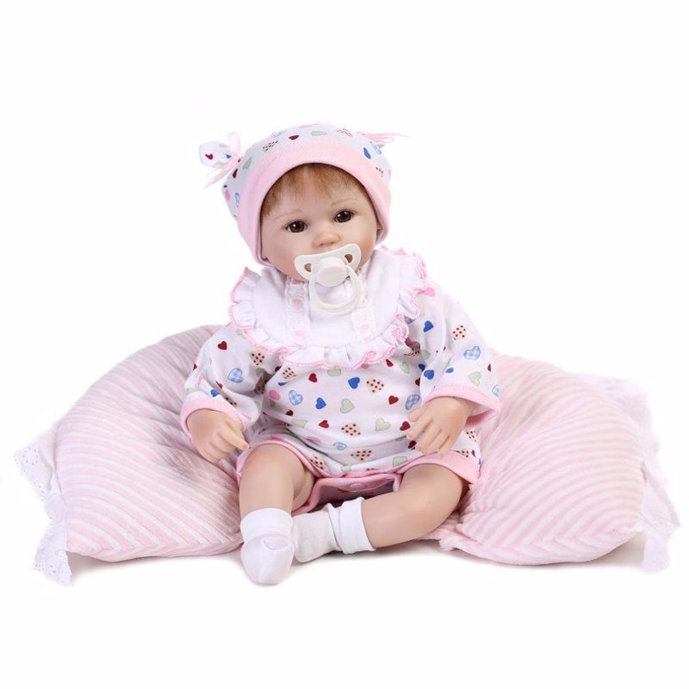 Cute 48CM Baby Reborn Doll Opened Eyes Heart Shaped Clothes Soft Silicone Lifelike Newborn Dolls Girl Best Gift For Children Hot