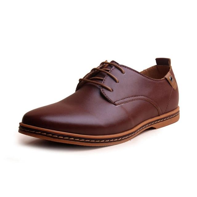 Оксфорд Обувь Для Мужчин Горячие Продажа Новая Мода Мужская Кожаная Обувь весна Осень Мужчины Повседневная Плоским Лакированной Кожи Плюс Размер мужской обуви