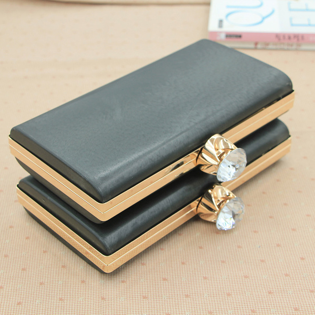 Size 21.5*11.5cm With Big Crystal Clasp Plastic Box Clutch Purse ...