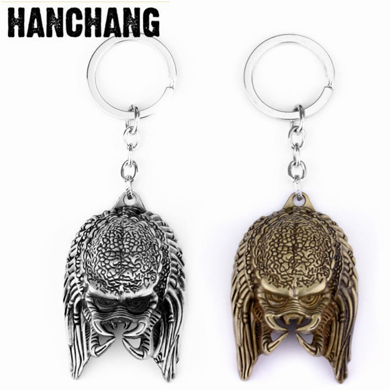 Movie Keychain AVP Alien Key Chain Predator The head 3D Alloy pendant Keyring Metal Key Holder Key Buckle For Men Accessories zinc alloy key chain pendant