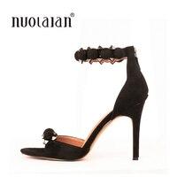 Marca de moda de las mujeres bombea la correa del tobillo de tacón alto bombea los zapatos para mujeres sexy peep toe sandalias de tacón alto del banquete de boda zapatos de mujer