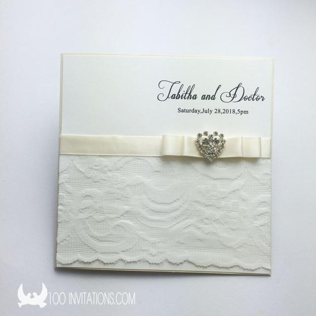 Elegant Lace Wedding Invitations with Rhinestone Decoration RSVP