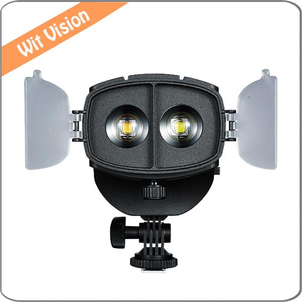 Prix pour LED Bi-couleur 3200 K 5600 K Focusable De Fresnel sur Caméra Spotlight Haute CRI