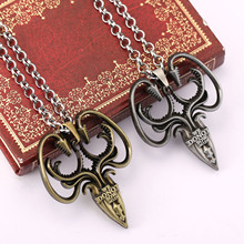 лучшая цена Game of Thrones Necklace Targaryen Dragon Song of Ice and Fire Desolation of Smaug Fashion Hot Pendant for Men Women Wholesale