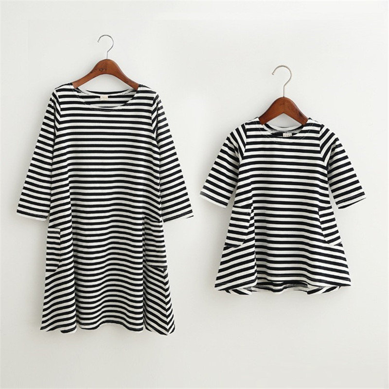 Mother Daughter Children Dress Clothing Fashion Mom And Kids Couple Look Stripe Family Matching Outfits Baby Girls Clothes Dress