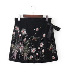 VOGUEIN New Womens Autumn Winter Floral Embroidery Rivet Bla