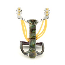 Hot Sale Camouflage Hunting Slingshot Aluminum Alloy Wrist Brace Powerful Slingshot Catapult with Flashlight Clip Outdoor Games