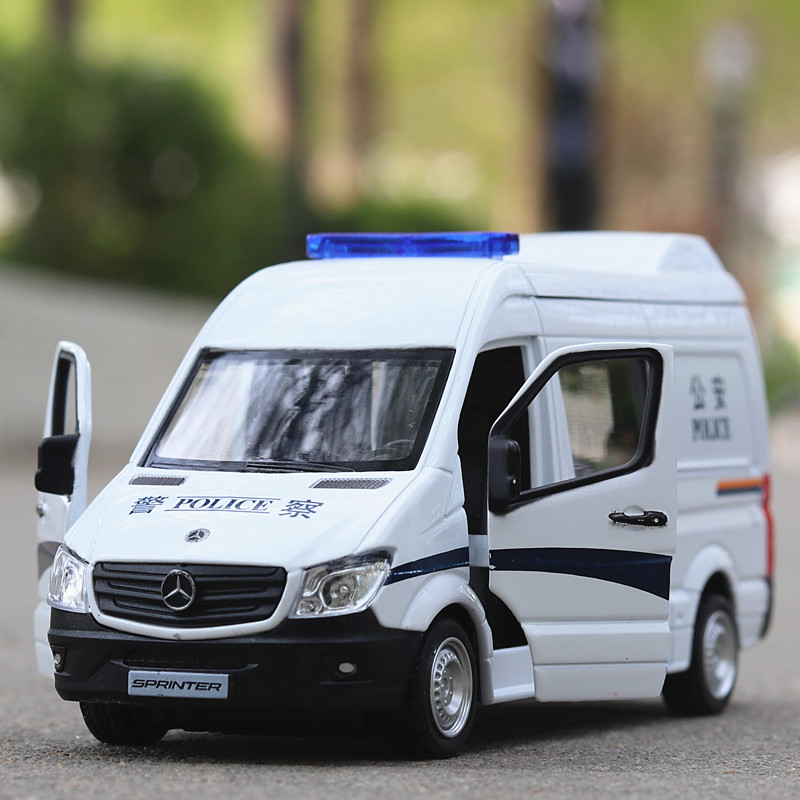 1:36 Benz Police & Ambulance Car  Toy Car  Metal Toy Diecasts & Toy Vehicles Car Model Car Toys For Children
