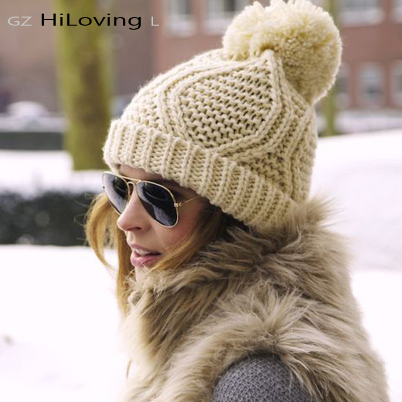 Womens Winter Big Knitted Pompom Hat Solid Color Knit Casual Knitted Skullies & Beanies Wool Acrylic Cable Thick Hats For Women skullies