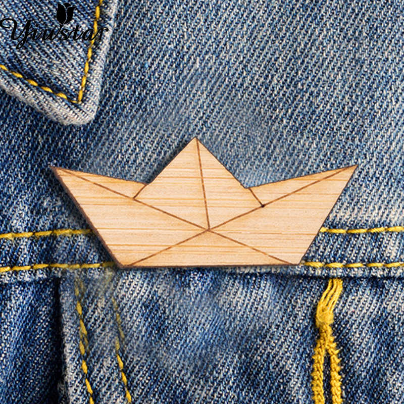 Yiustar Fashion Paper Boat Brooch Pin for Women Girls Abstract Origami Wood Badges for Backpack Clothes Wooden Brooch Blanks