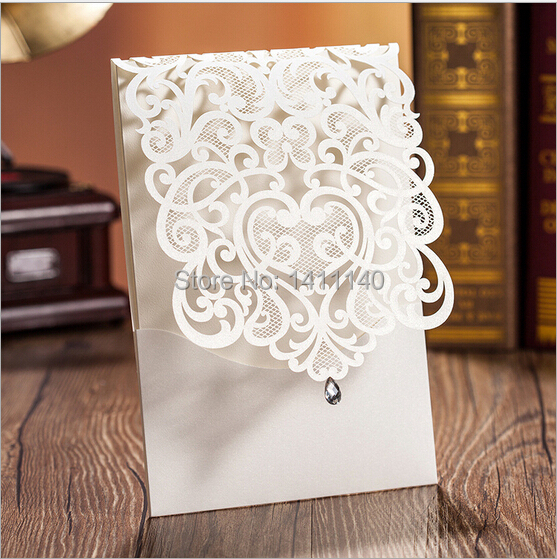 Aliexpress.com : Buy Newest Design Laser Cut White Wedding Invitations  Cards Inlay With Silver Diamond Rhinestone With Envelope And Seal 25pcs/lot  From ...