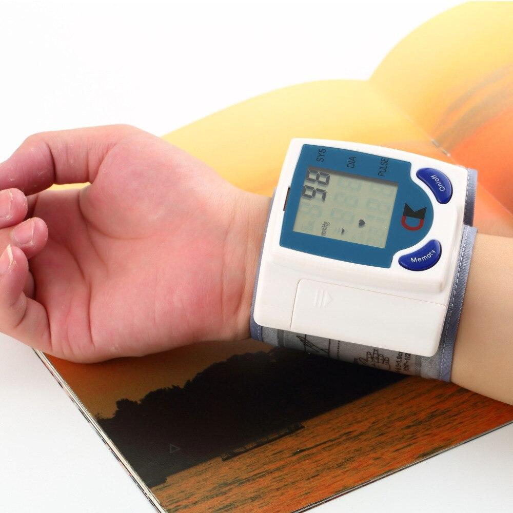 Цифровой ЖК-Мониторы Кровяного Давления на Запястье Метр Здравоохранение Heart Beat Частоты Пульса Мера Метр Тонометр Сфигмоманометры