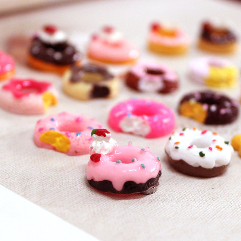 10PCS kawaii Plastic Simulated food Model soft scented Cream Doughnut antistress fun toys cell phone keys pendant Children Gift
