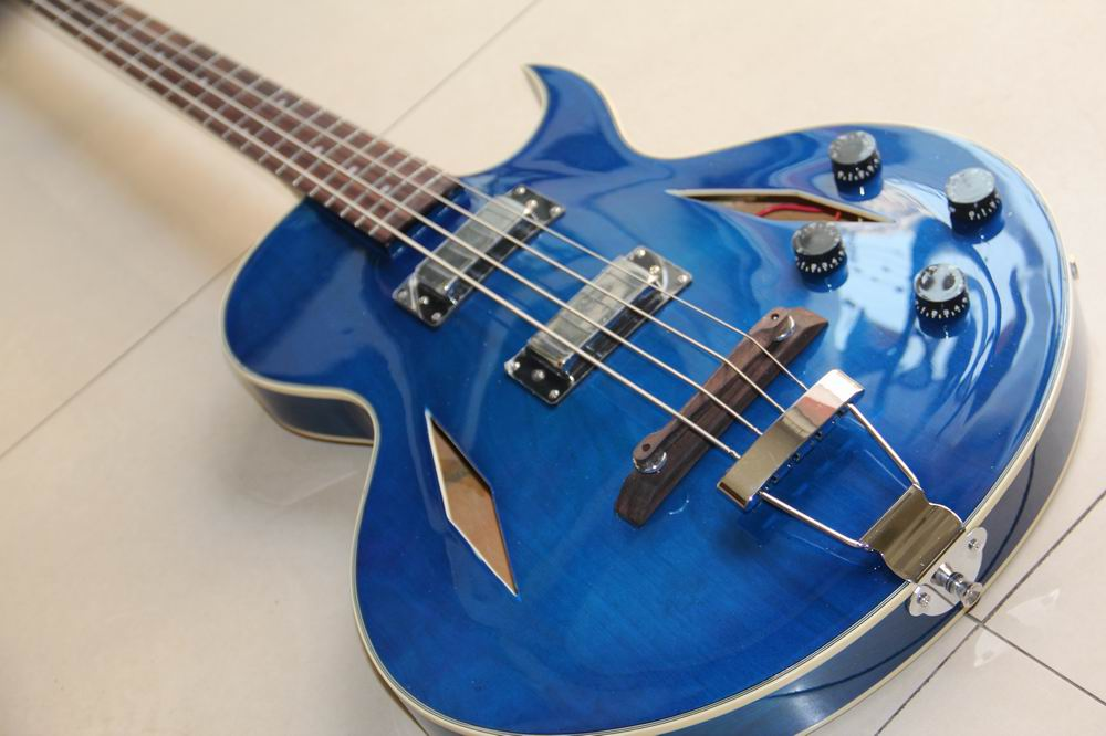 New Arrival  ES-175 Model Jazz electric Bass guitar 4 string bass hollow body ES175  in blue 130109