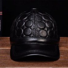 HL122 2018 winter warm real leather caps hats new men Genuine mens baseball cap