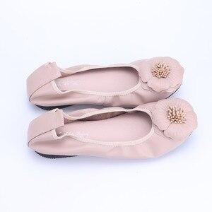 Image 5 - Bailarinas de piel auténtica para mujer, zapatos informales de punta redonda con adorno de flores, para primavera y otoño, 2021
