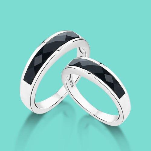 Stříbrný prsten z 925 mincovních prstenů, černé křišťálové prsteny z osobnosti, se hodí jak pro muže, tak pro ženy na Valentýna