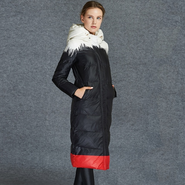 2016 European Women Down Parkas Coats with Hooded X-Long Winter Warm Overcoats Female Clothing  VF1073