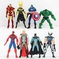8 unids/lote The Avengers Figuras de Acción Súper Héroe Batman Thor Iron man Spider Man Capitán América Hulk Juguetes 15 CM