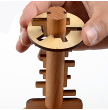 Wooden Novelty Key Toy Unlock Puzzle Kong Ming Lock Toys Intellectual Educational For Children