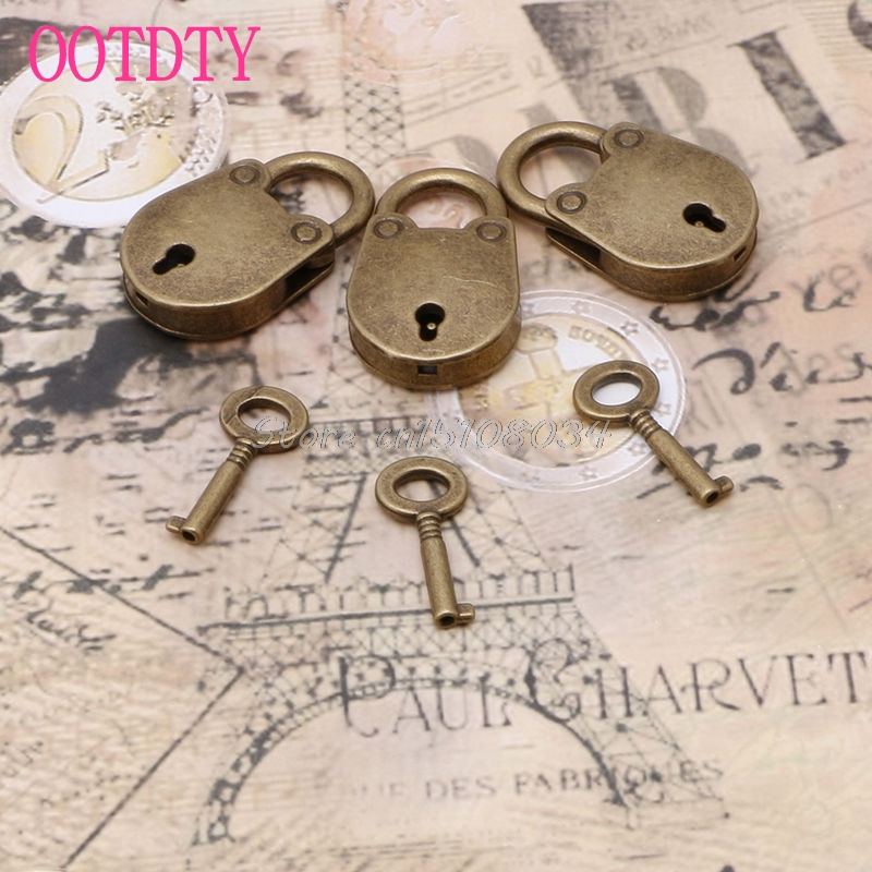 Old Vintage Antique Style Mini Archaize Padlocks Key Lock With key (Lot Of 3) S08 Drop ship metal old vintage style mini padlock small luggage box key lock copper color lot of 3 home usage hardware decoration