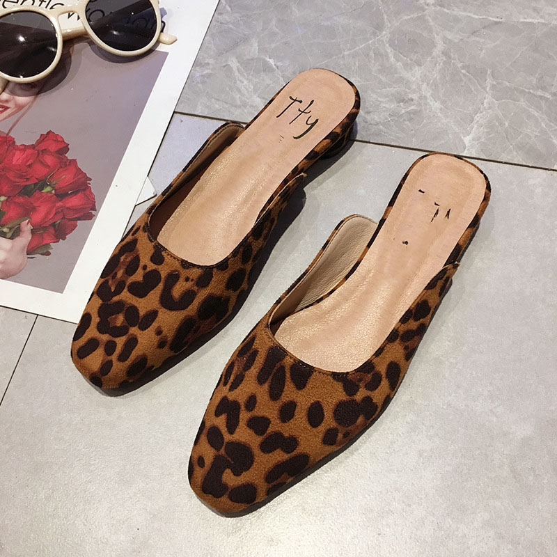 The new Korean version of the retro leopard pattern slippers summer flip flops women Women Slippers Mules Shoes womens slippers