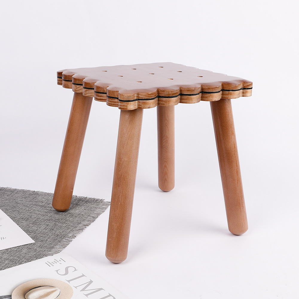 Kindergarten Solid Wood Chair New Zealand Pine Wood Stool Cartoon Biscuit Children's Chair Furniture Stool